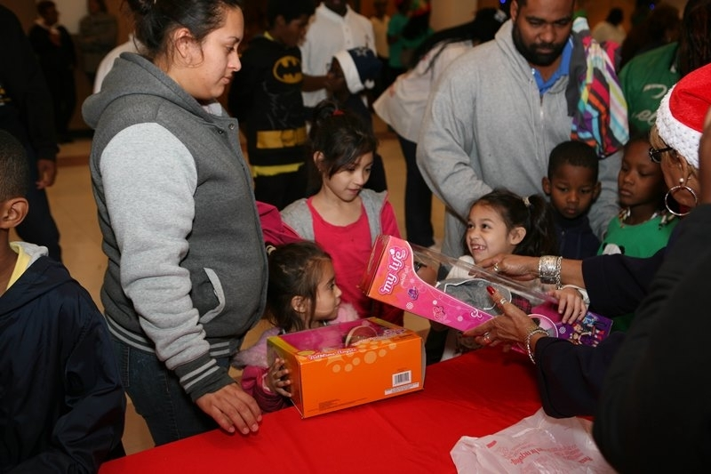MWPHGLOTX Toy Giveaway 2014  (70)