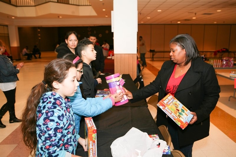 MWPHGLOTX Toy Giveaway 2014  (135)